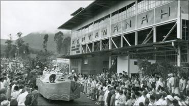 The Kertamanah tea factory, visited by Executive Director Eugene Black in 1948 (1769300; Credit: The World Bank).
